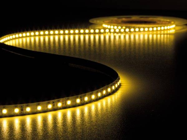 Flexible à led - blanc chaud 3500k - 600 leds - 5 m - 24 v