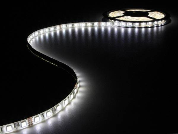 Flexible à led - blanc neutre - 300 led - 5m - 24v